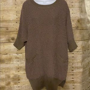 Umgee Popcorn Knit Tunic with Pockets Taupe